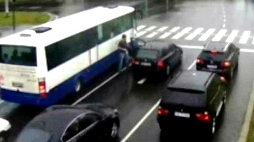 Video Za agresivní jízdu padají několikaleté tresty