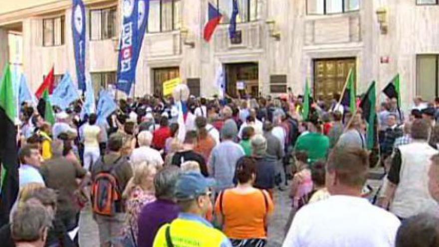 Video Mítink odborářů na Palackého náměstí