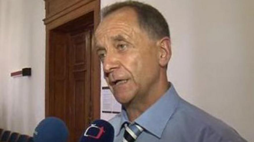 Video Obhájce Martina Žouželky Pavel Holub o podstatě podnikání společnosti Edbusy