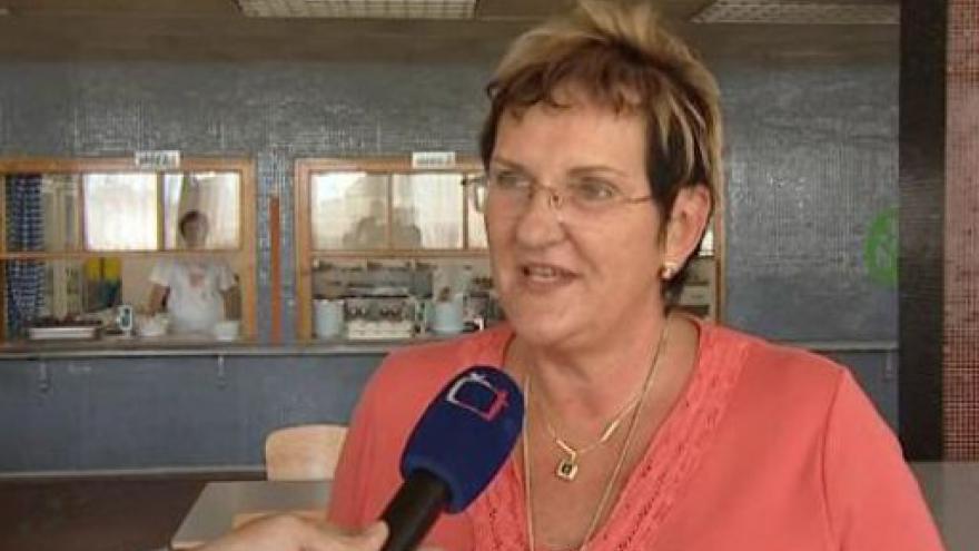 Video Vedoucí školní jídelny Irena Dostálová o odjezdu zaměstnanců na stávku