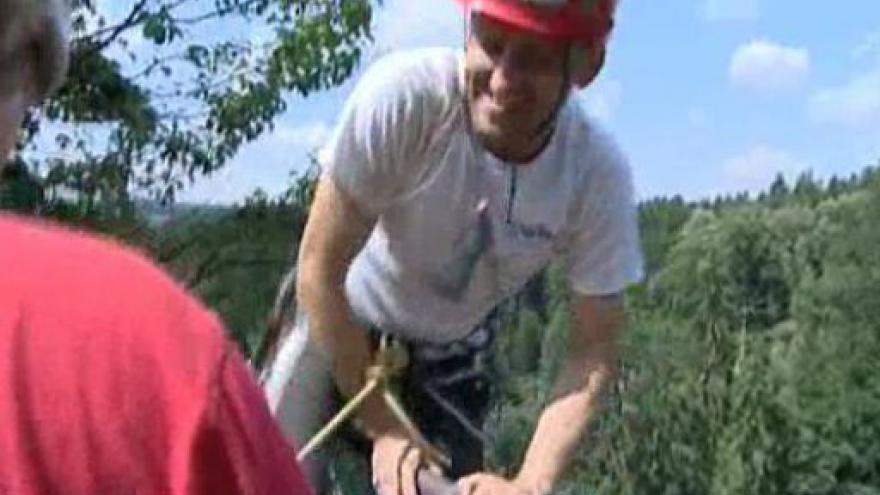 Video Nevidomý horolezec Jan Říha krátce po zdolání Macochy