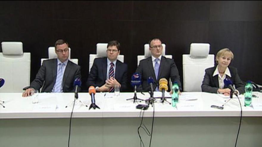 Video Brífink k uvedení Mečla do funkce vrchního státního zástupce