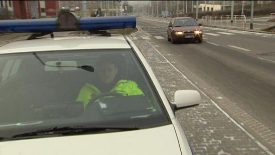 Video Povinná zimní výbava automobilů