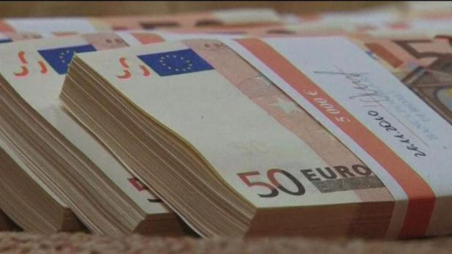Video Scházejí se ministři financí eurozóny