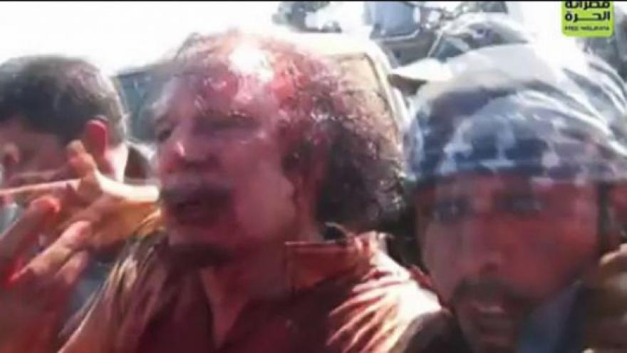 Video Otazníky kolem Kaddáfího smrti