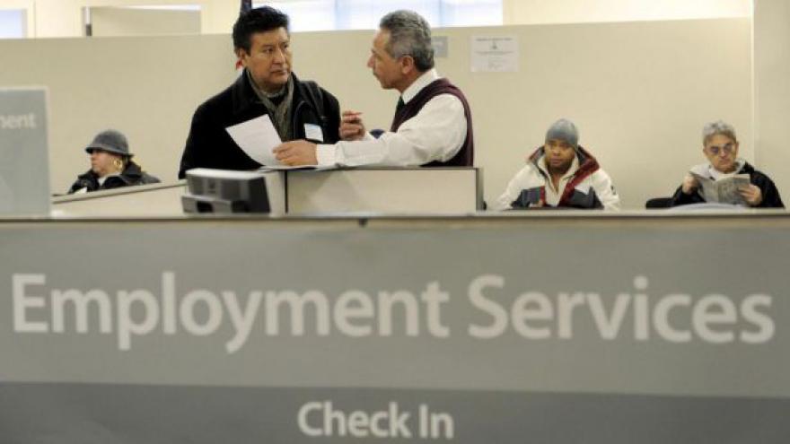 Video Obama bojuje s americkou nezaměstnaností