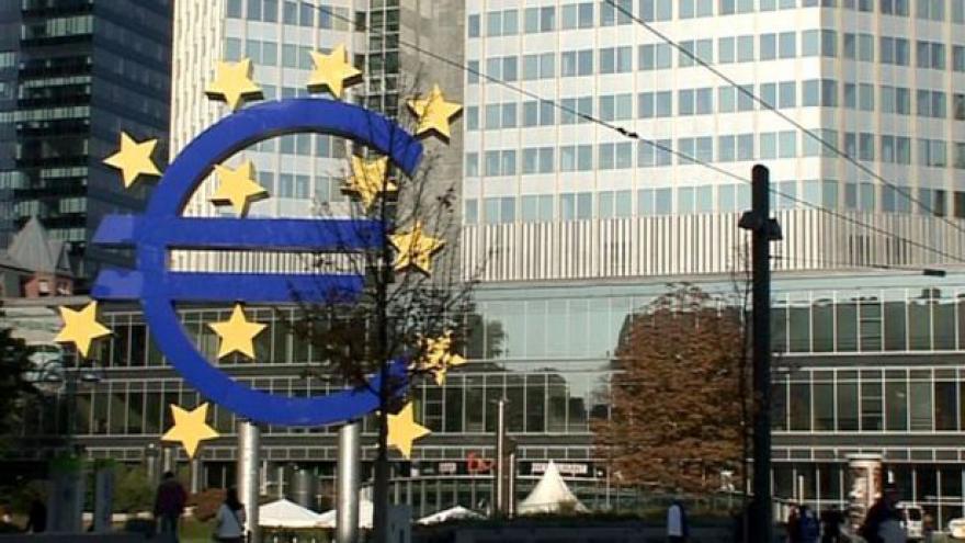 Video ECB nakupuje dluhopisy, trhy klidné nejsou