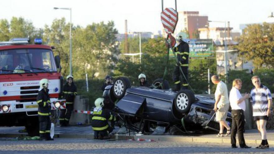 Video Nehoda na Hlávkově mostě