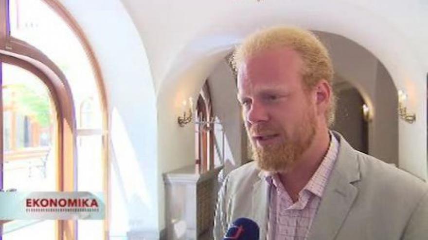 Video NERV chce omezit pravomoci politiků