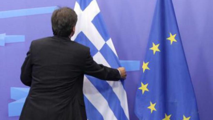 Video Řecko jedná o úsporách