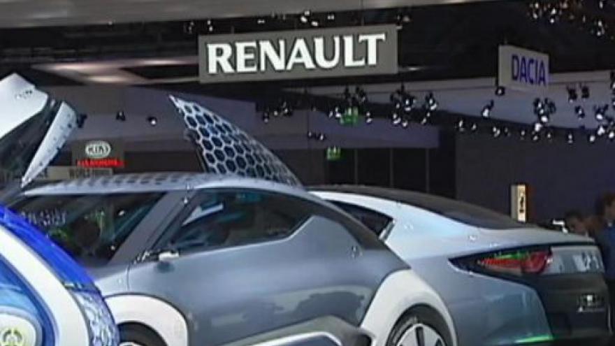 Video Renault má trable s potomky zakladatele