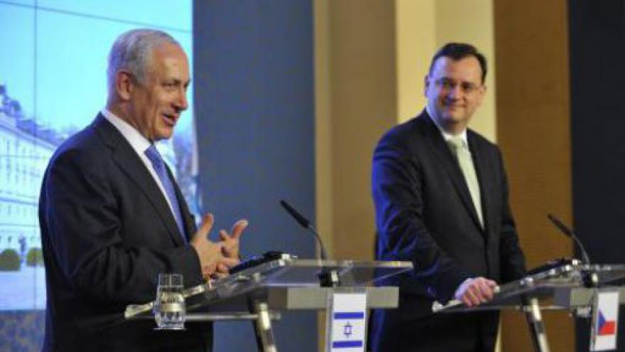 Video Brífink Petra Nečase a Benjamina Netanjahua