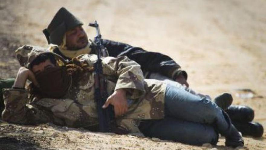 Video V Libyi se bojuje o Syrtu