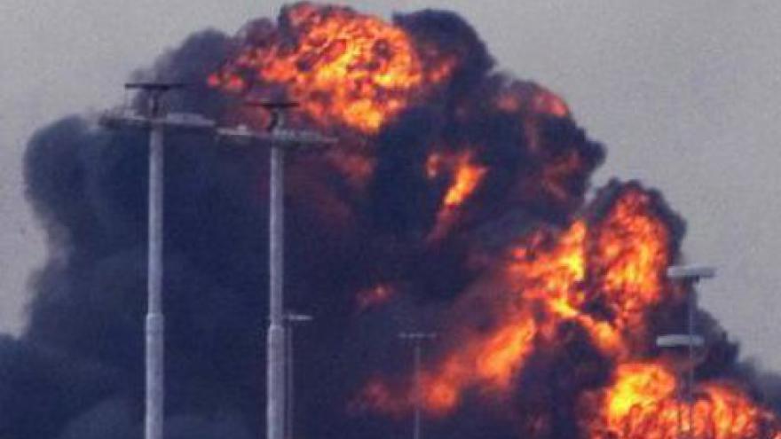 Video Spojenecká raketa zasáhla budovu libyjského vůdce v Tripolisu