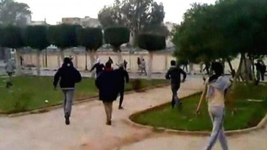 Video Nepokoje v Libyi pokračují