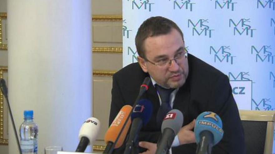 Video Tisková konference Josefa Dobeše
