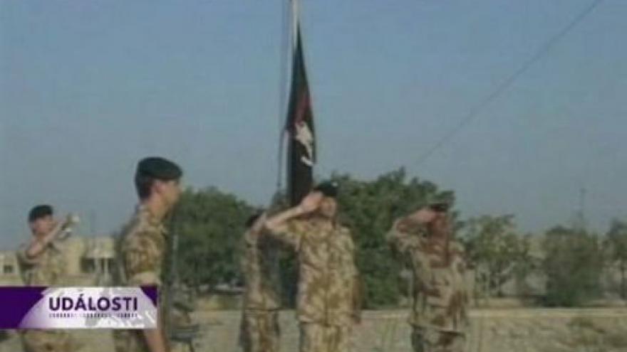 Video Britská armáda škrtá