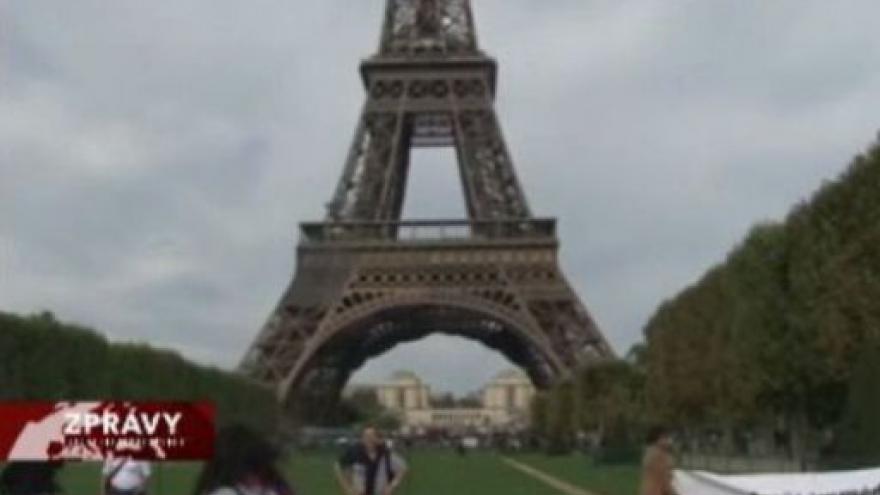 Video Francie se vyrovnává s teroristickou hrozbou
