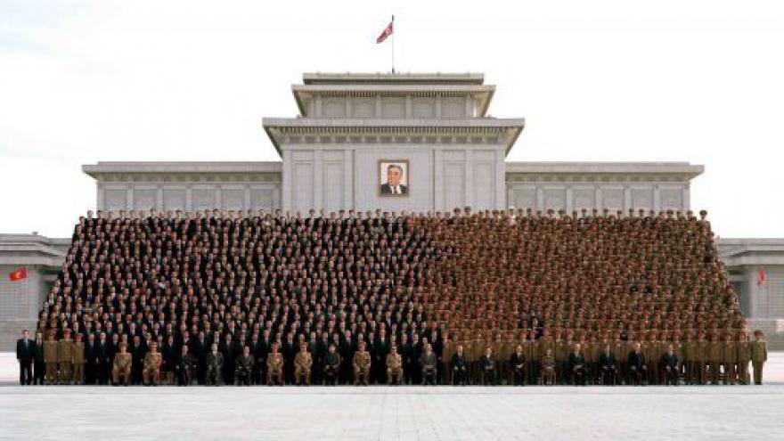 Video Před polednem o rodu Kimů