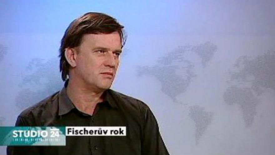 Video Studio ČT24: Premiér Fischer je ve funkci rok