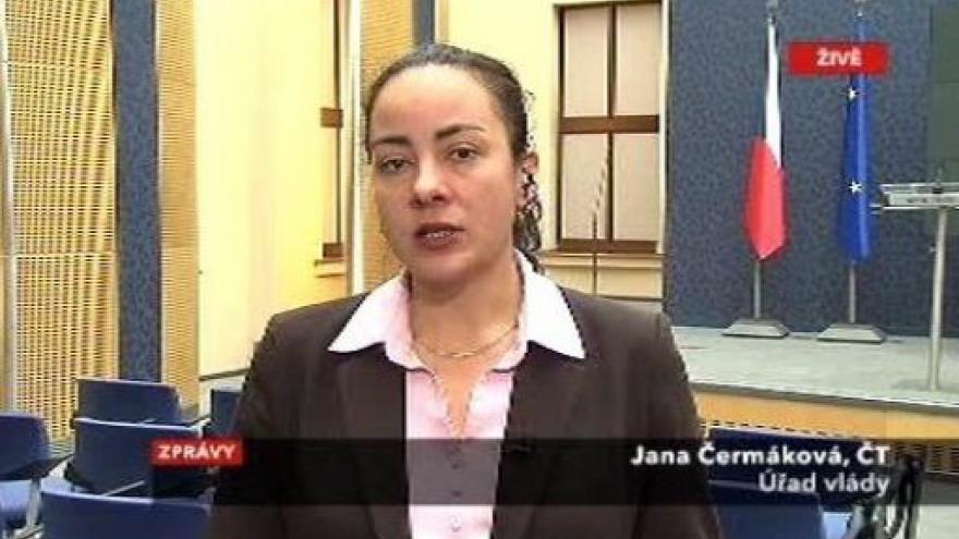 Video Janota zůstane ve vládě