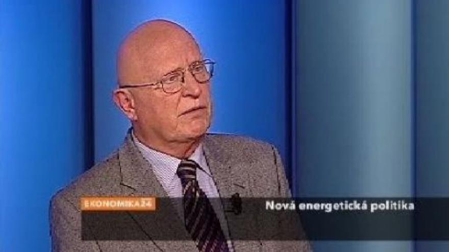 Video Rozhovor s Václavem Pačesem
