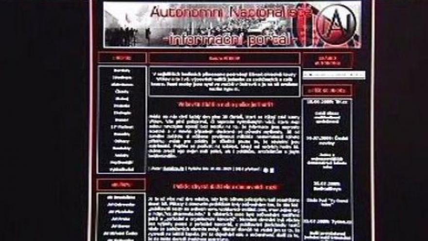Video Ministr Pecina a politolog Mareš v Událostech, komentářích