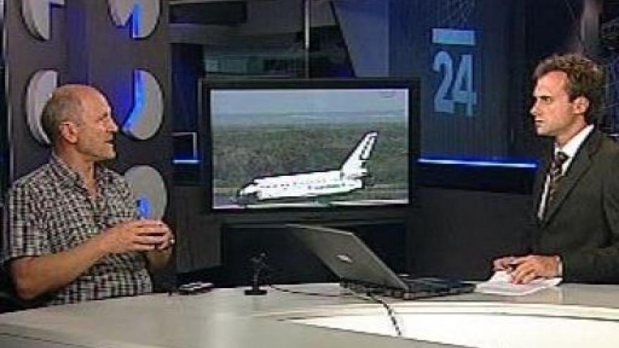 Video Záznam přistání raketoplánu Endeavour