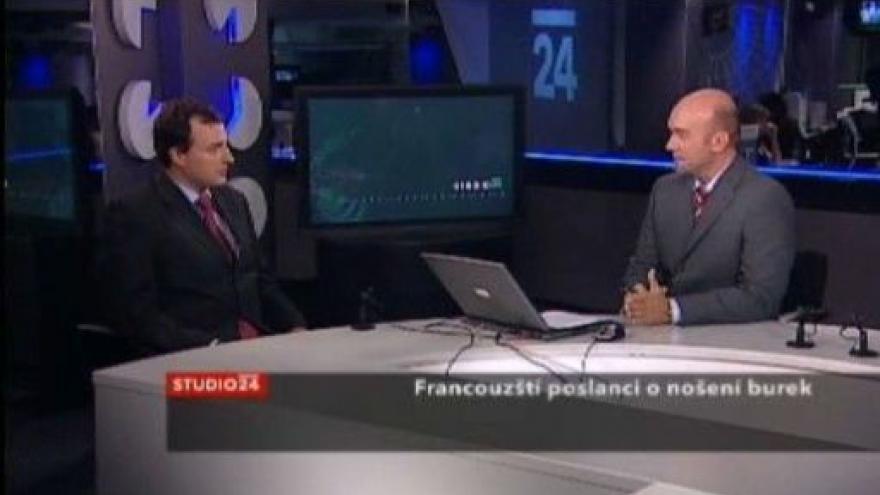 Video Studio ČT24 - Komise prozkoumá nošení burky