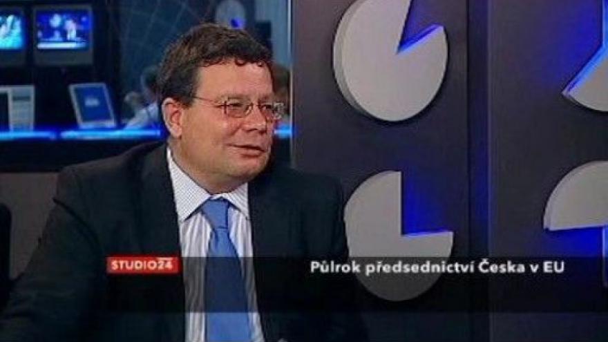Video Alexandr Vondra hostem Studia ČT24