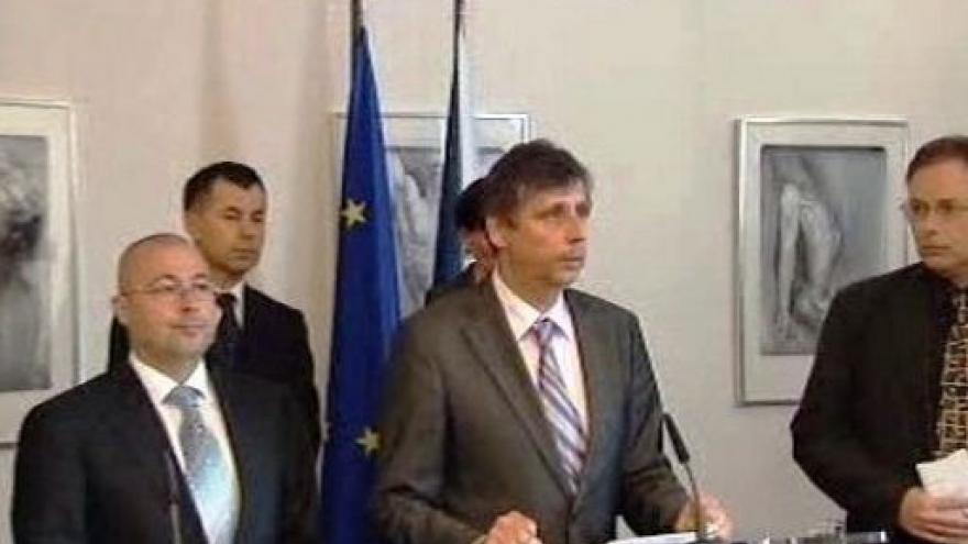 Video Vláda slíbila pomoc 54 milionů korun