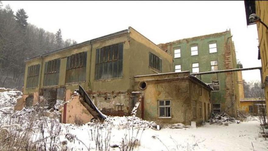 Video Příběh Židů zachráněných továrníkem Schindlerem dobyl stříbrné plátno,