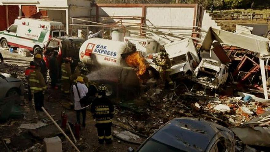 Video Oběti mexického výbuchu jsou tři