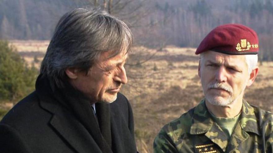 Video Petr Pavel v Otázkách Václava Moravce