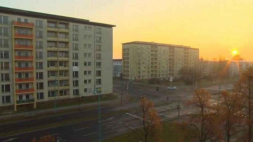 Video Čeští lékaři udržují při životě kliniku v Hoyerswerdě
