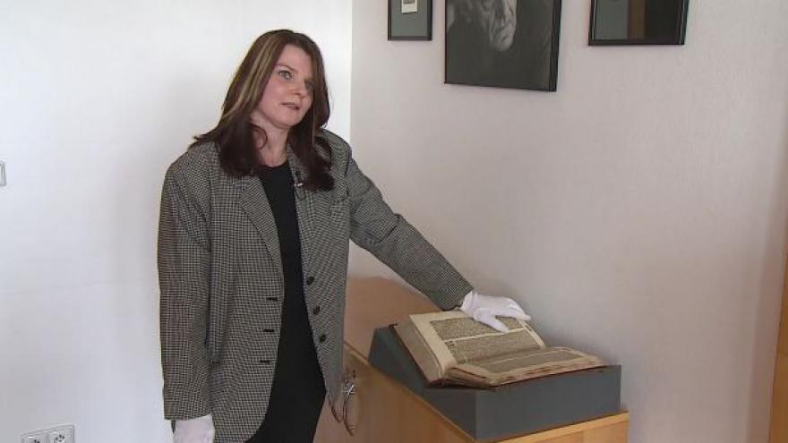 Video O Bibli kutnohorské hovoří Jitka Machová z MZK