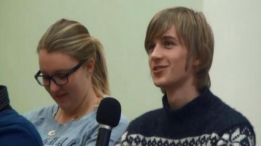 Video Studenti diskutují přes Skype
