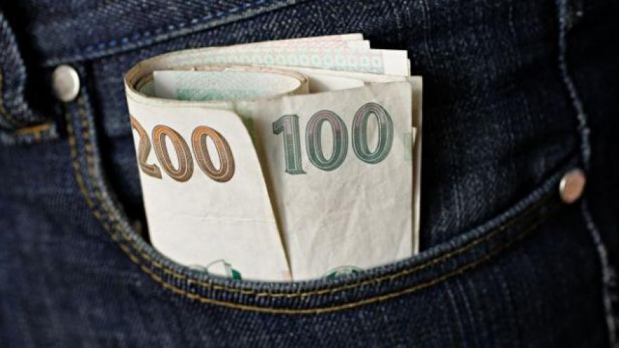 Video Odbory: Minimální mzda by měla vzrůst o minimálně 800 korun