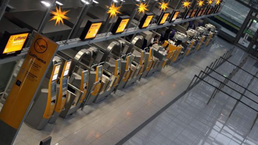 Video Piloti Germanwings budou dva dny stávkovat