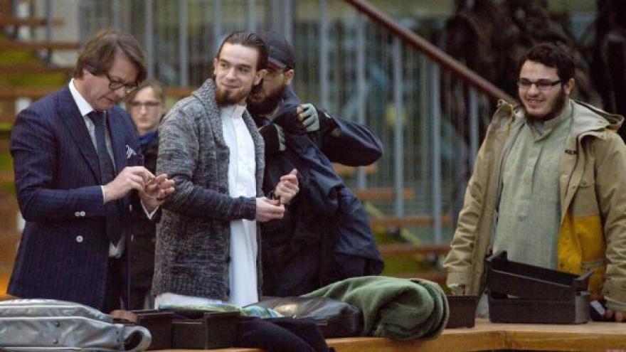 Video Soud uznal vinnou skupinu radikálů Šaría pro Belgii
