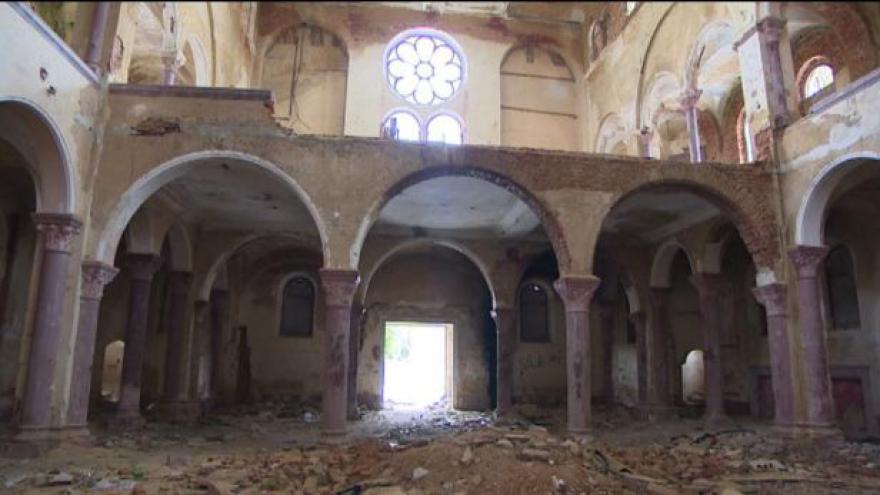 Video Z chebského kláštera se šíří žloutenka
