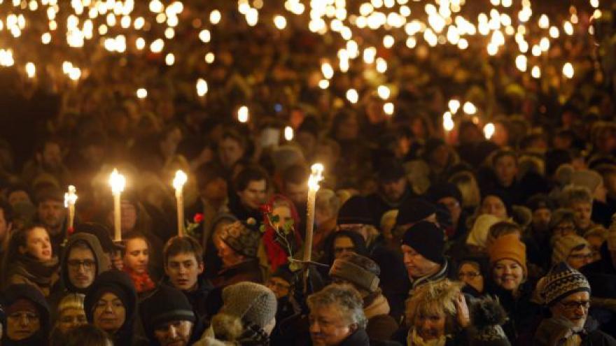 Video Uctění památky obětí atentátů v Kodani