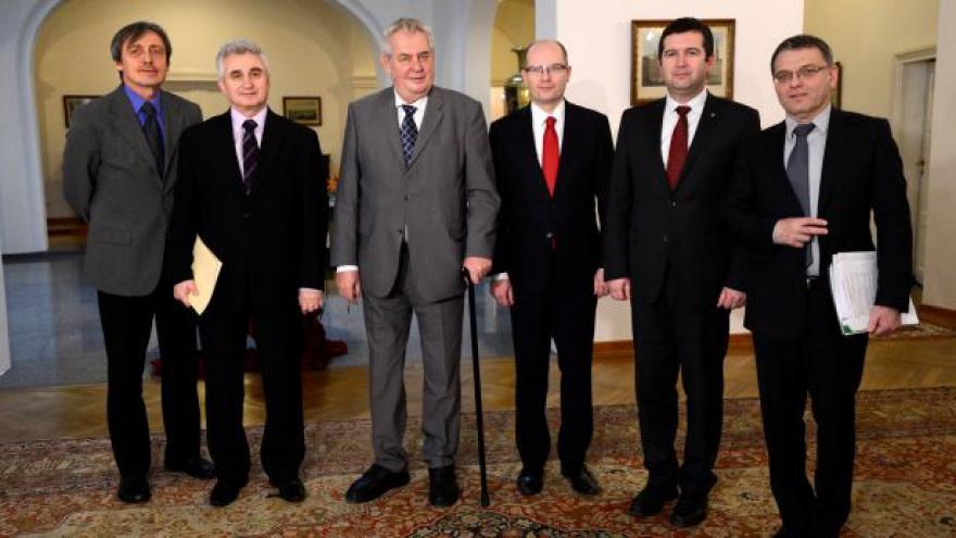 Video Koordinační schůza zahraniční politiky: Ukrajinskou krizi řešme politicky