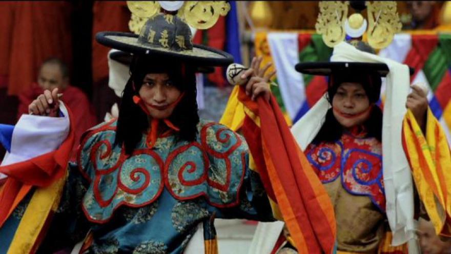Video Bhútán: země blízko nebe
