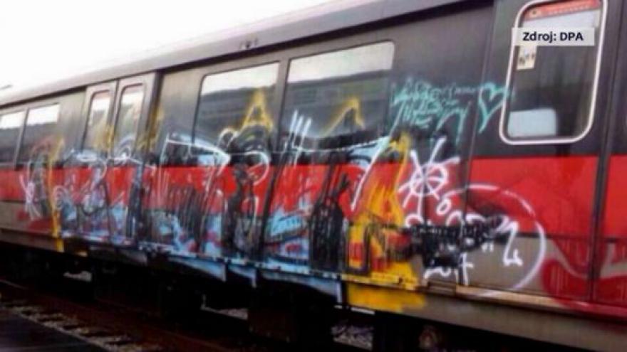 Video V Singapuru se vandalismus přísně trestá