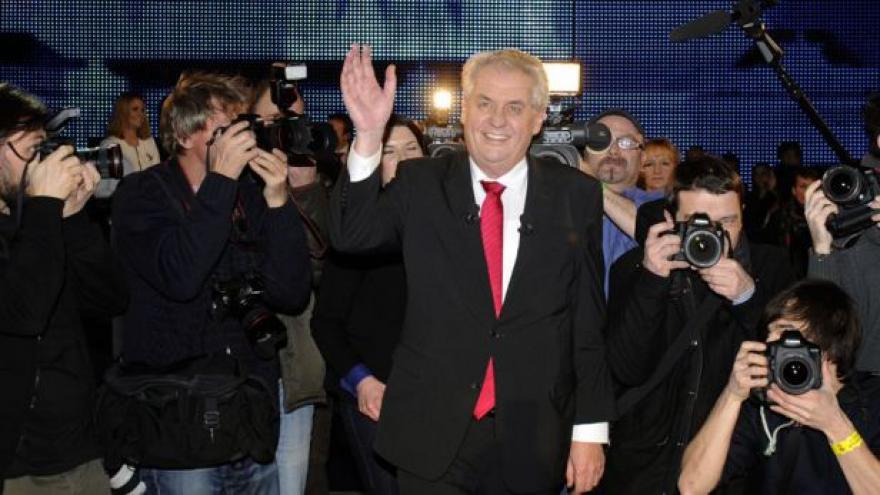 Video Události, komentáře: Dva roky Miloše Zemana ve funkci