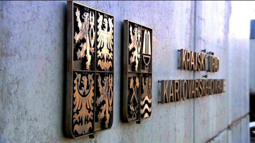 Video Skončí neshody ve vedení Karlovarského kraje?