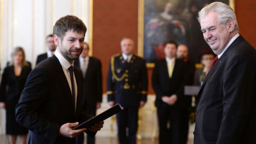 Video Jmenování Roberta Pelikána ministrem spravedlnosti