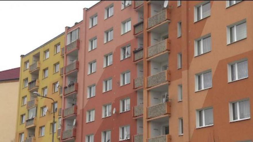 Video Události ČT: Spekulanti s byty vedou domy k bankrotu