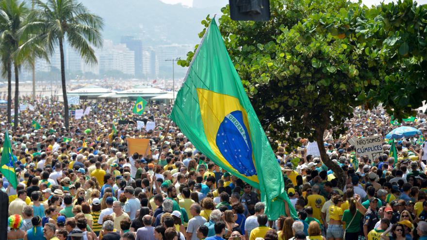 Video Brazilská prezidentka prohrála hlasování o ústavní žalobě